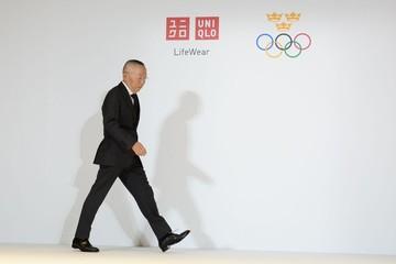Ông chủ Uniqlo hứa trả lương gấp 10 lần bình quân thị trường Nhật Bản để hút nhân tài