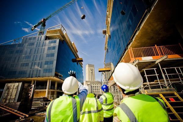 Doanh nghiệp xây dựng nội xuất ngoại