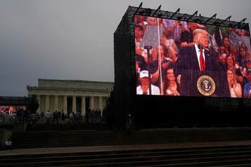 Máy nhắc chữ gây 'đại họa' cho Tổng thống Trump trong lễ kỷ niệm Quốc khánh