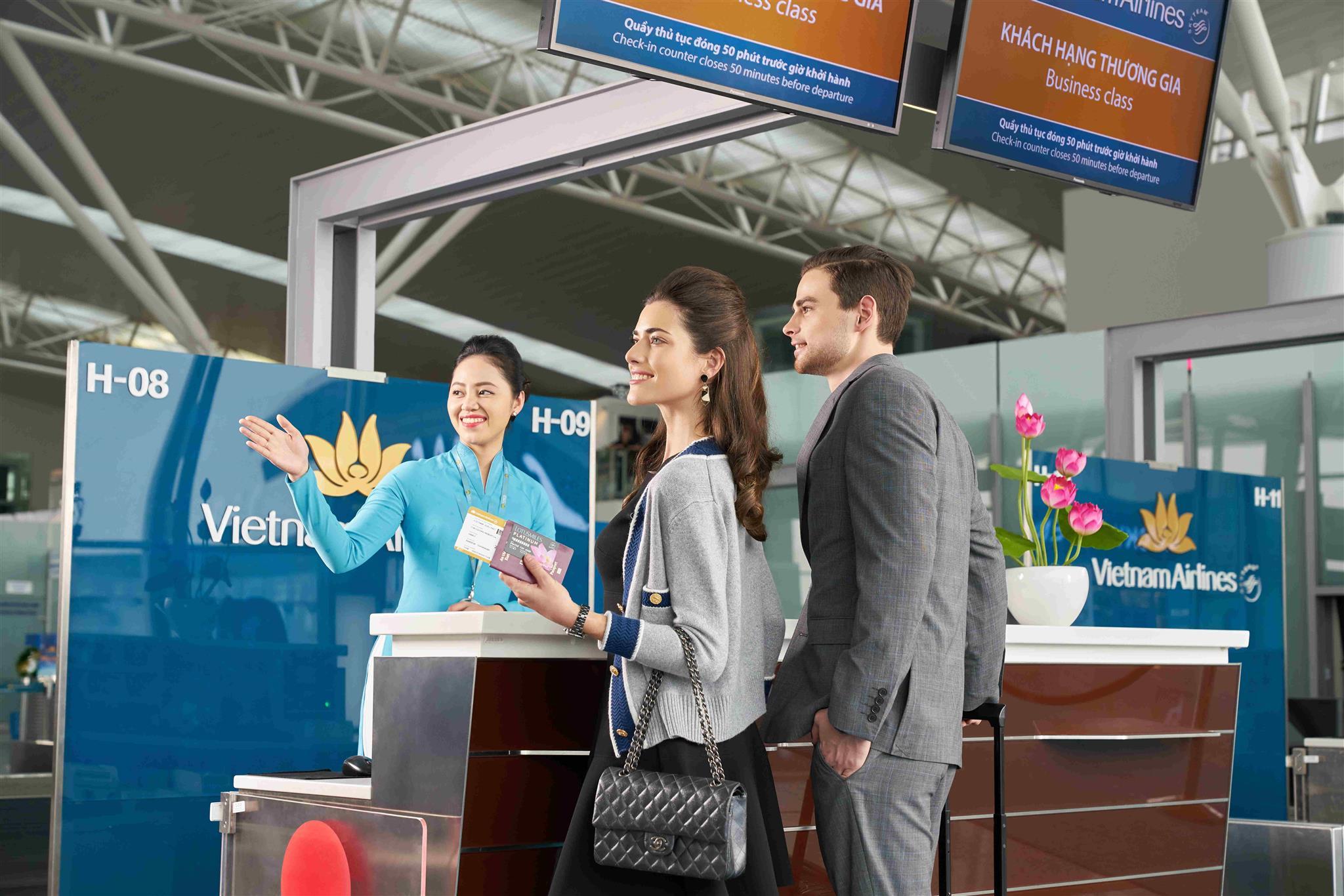 Từ 1/8, khách bay Vietnam Airlines được xách tay 12 kg hành lý thay vì 7 kg