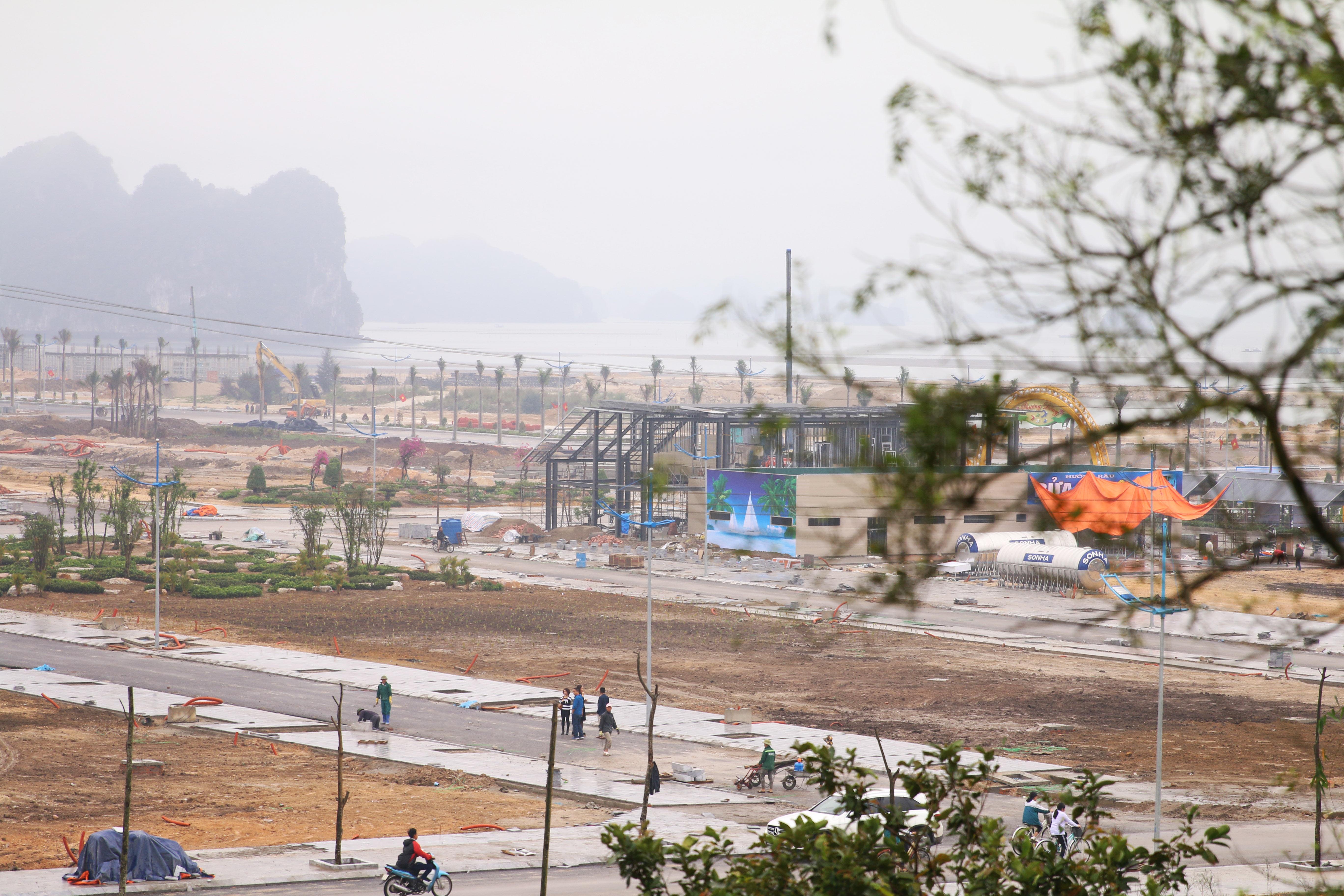 Bộ Xây dựng kiểm tra việc quản lý nhà ở và thị trường BĐS tại Quảng Ninh