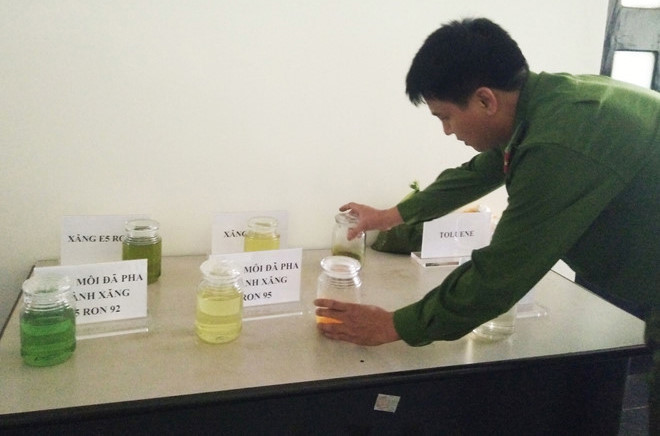 Vụ xăng giả của đại gia Trịnh Sướng: Khởi tố, bắt giam nữ kế toán công ty