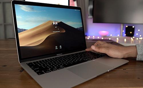 MacBook Air Retina 2019 chỉ được nâng cấp nhẹ và giảm giá bán. Ảnh: 9to5mac.