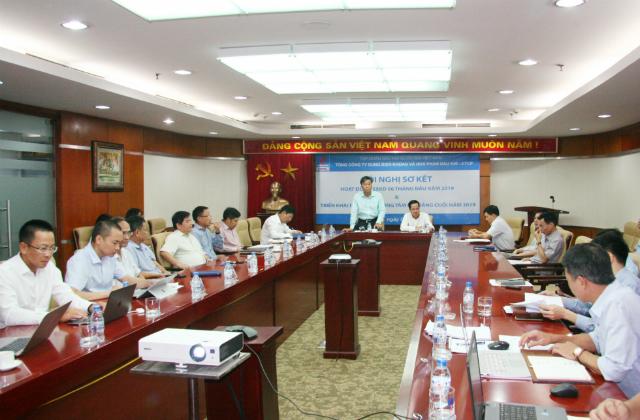 Đồng chí Hoàng Trọng Dũng - Tổng Giám đốc DMC phát biểu tại Hội nghị