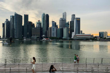 Tín hiệu cảnh báo suy thoái từ việc tăng trưởng GDP quý II của Singapore kém nhất 10 năm