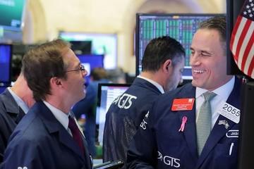 Những cổ phiếu thắng lớn trên hành trình vượt 3.000 điểm của S&P 500