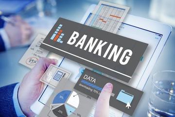 Những ngân hàng đầu tiên báo lãi