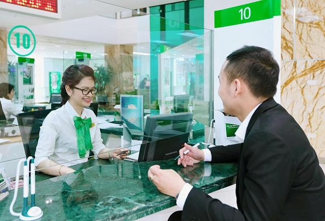 Vietcombank lãi trước thuế hơn 11.000 tỷ đồng trong nửa đầu năm