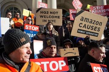Hàng nghìn nhân viên Amazon đình công phản đối ngày mua sắm 'điên rồ'