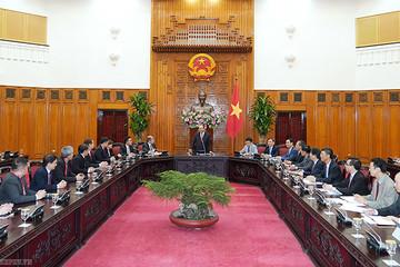 Thủ tướng kêu gọi doanh nghiệp Singapore đầu tư vào hàng không, ngân hàng, logistics
