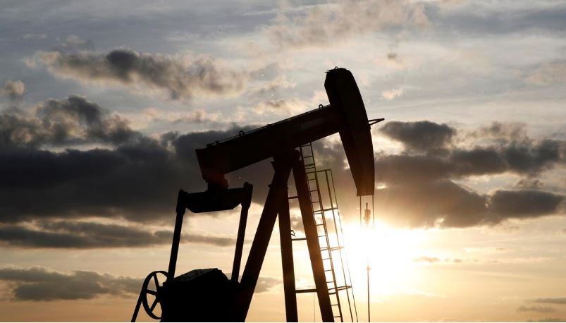 Căng thẳng với Iran hạ nhiệt, giá dầu mất hơn 3%
