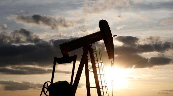 Căng thẳng Trung Đông leo thang trở lại, giá dầu tăng 1%