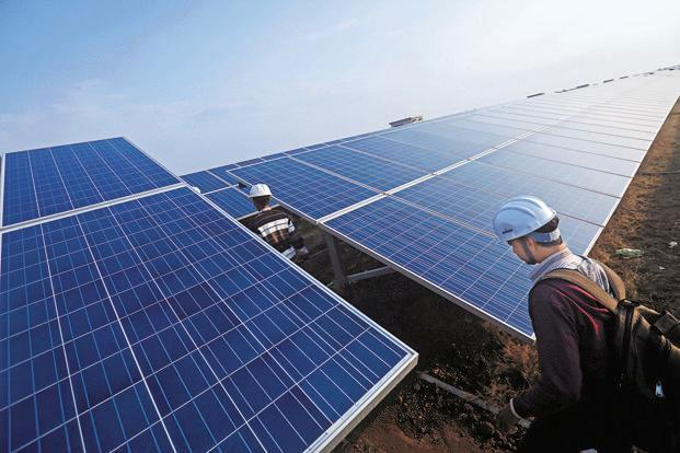 Startup Ấn Độ huy động được hơn tỷ USD nhờ đầu tư vào điện mặt trời