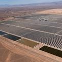 <p> Ngân hàng Thế giới là đơn vị cung cấp khoản vay 400 triệu USD cho dự án này. Một khoản vay khác trị giá 216 triệu USD đến từ quỹ Clean Technology Fund. Ảnh: <em>Getty Images.</em></p>