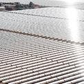 <p> Morocco đặt ra một trong những mục tiêu tham vọng nhất thế giới trong lĩnh vực năng lượng, đó là tới năm 2020, 42% sản lượng điện đến từ các nguồn năng lượng tái tạo. Morocco đang thực hiện khá tốt kế hoạch này khi 35% sản lượng điện hiện nay đều đến từ nguồn năng lượng tái tạo. Tất cả là nhờ vào những dự án như Noor Quarzazate. Ảnh: <em>Getty Images.</em></p>