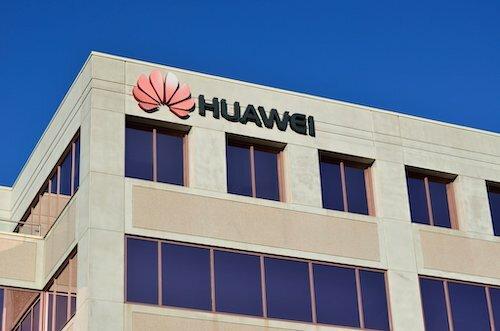 Mỹ cấm Huawei mua bán bằng sáng chế