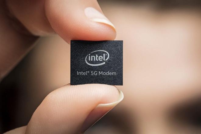 Apple đang thực hiện thương vụ tỷ USD với Intel