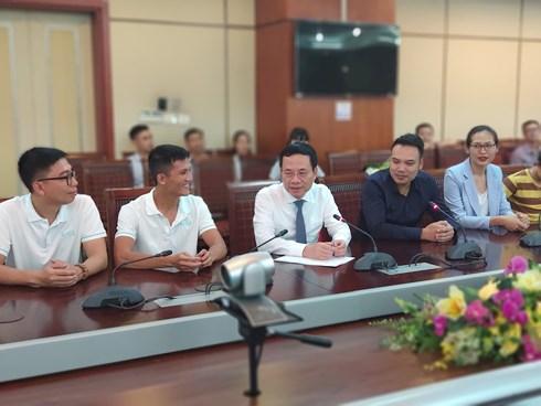 Bộ trưởng Nguyễn Mạnh Hùng: 'Startup dùng công nghệ mới gặp khó khăn có thể tìm đến Bộ TT&TT'