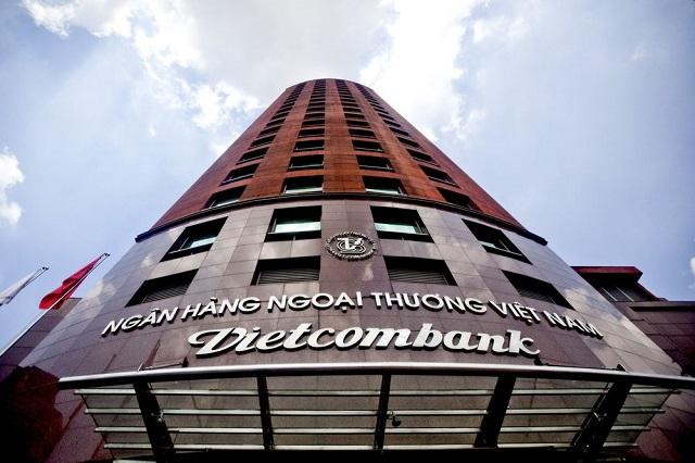 Bloomberg: Lộ diện 2 công ty bảo hiểm tham gia thầu hợp đồng 1 tỷ USD của Vietcombank