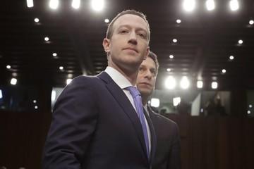 Mark Zuckerberg sẽ không còn quyền giám sát người dùng Facebook