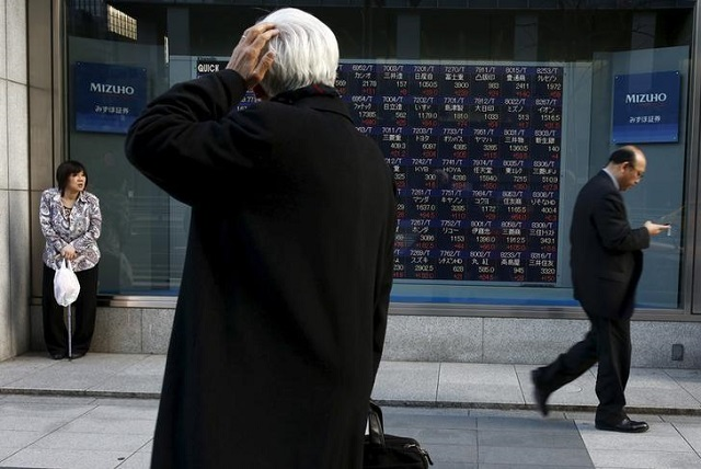 Chứng khoán châu Á giảm vì lo ngại Fed nối gót ECB không hạ lãi suất