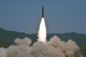 Triều Tiên: Vụ thử tên lửa là lời cảnh cáo Hàn Quốc