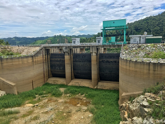 Hạn hán kéo dài, mực nước thủy điện giảm mạnh so với cùng kỳ