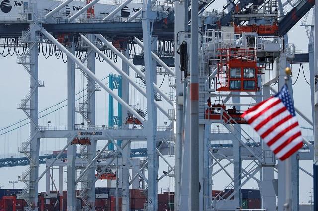 Kinh tế Mỹ tăng trưởng chậm nhất hơn 2 năm