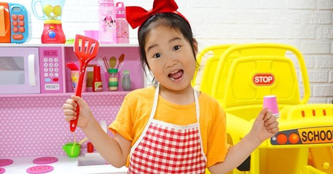 Ngôi sao YouTube Hàn Quốc 6 tuổi mua nhà 8 triệu USD