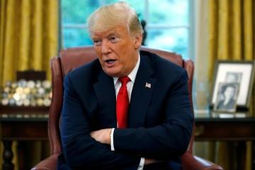 Trump kêu gọi Fed hạ lãi suất 'nhiều một chút'