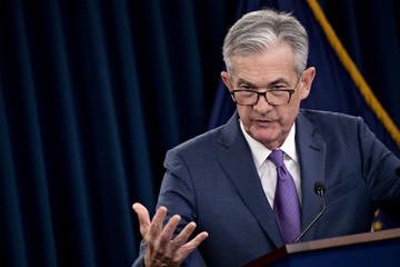 Chứng khoán Mỹ giảm điểm vì hai từ của chủ tịch Fed