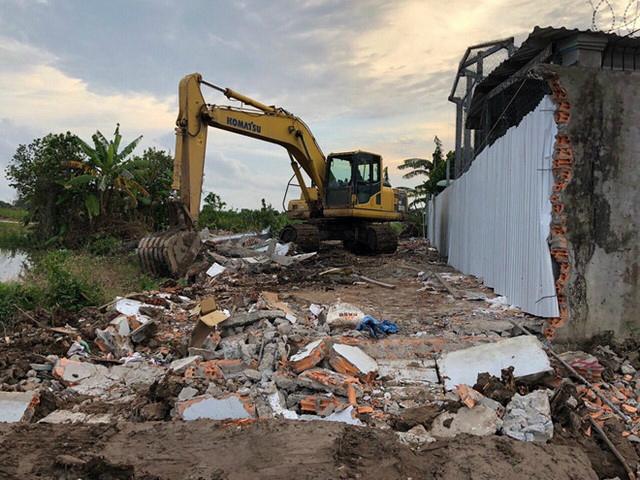 Chủ tịch tỉnh Cà Mau trả hơn 1,2 tỷ tiền bồi thường thừa cho nhà nước