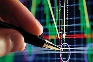 Cổ phiếu họ 'Vin' lao dốc, VN-Index giảm gần 18 điểm