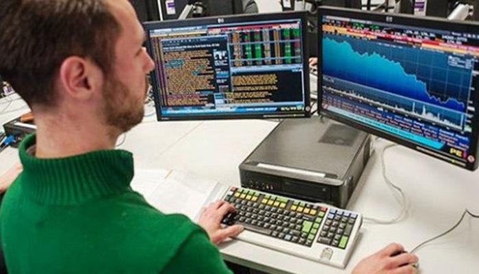 Ngày 7/8: Khối ngoại sàn HoSE tiếp tục bán ròng 220 tỷ đồng