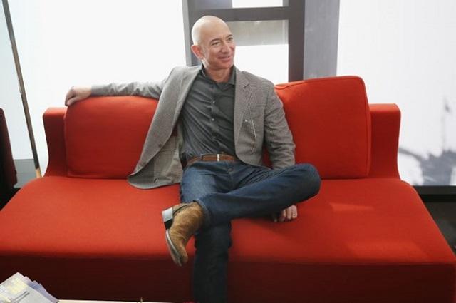 Jeff Bezos gây bất ngờ khi bán 2,8 tỷ USD cổ phiếu Amazon