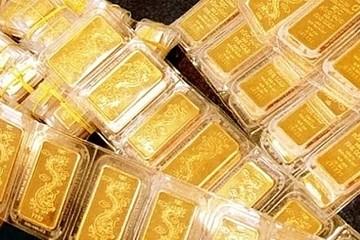 Giá vàng SJC vượt 42 triệu đồng/lượng, cao nhất 6 năm