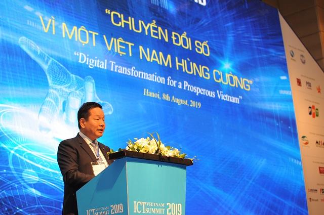 Ông Trương Gia Bình: 'Chuyển đổi số hay là chết'