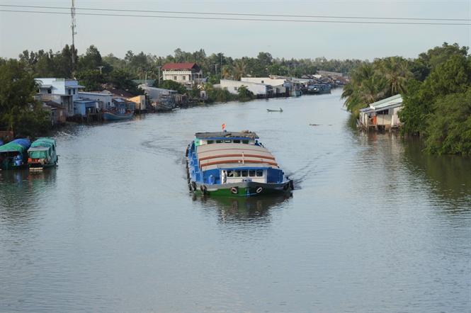 Ngừng lưu thông kênh Rạch Giá - Hà Tiên để đắp đập do sông Mê Kông cạn dòng