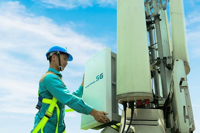 Viettel phát sóng thử nghiệm trạm 5G đầu tiên tại TP HCM