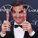 """<p> <span style=""""color:rgb(0,0,0);"""">Năm nay 38 tuổi, Roger là tay vợt giàu nhất thế giới với tài sản 450 triệu USD.Đây là hình ảnh anh giành 2 giải thưởng danh giá là Laureus World Comeback và Laureus World Sportsman 2018.</span></p>"""