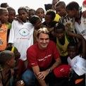 """<p> <span style=""""color:rgb(0,0,0);"""">Tay vợt cũng được biết đến với công việc từ thiện của mình. Anh đã thành lập Quỹ Roger Federer vào năm 2003 - huy động được 40 triệu đôla và gần đây đã đạt được mục tiêu giáo dục 1 triệu trẻ em ở châu Phi vào cuối năm 2018.</span></p>"""