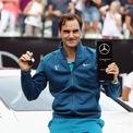 """<p> <span style=""""color:rgb(0,0,0);"""">Nhờ vai trò đại sứ thương hiệu cho Mercedes-Benz, Federer cũng có một bộ sưu tập xe hơi khá lớn. Anh hợp tác với nhà sản xuất ô tô Đức vào năm 2008, và gia hạn hợp đồng vào năm 2018. Hợp đồng này ước tính sẽ kiếm về cho ngôi sao quần vợt 5 triệu đôla mỗi năm.</span></p>"""
