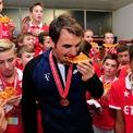 """<p> <span style=""""color:rgb(0,0,0);"""">Khi lựa chọn bữa tối, Federer tỏ ra khá đa dạng về phong cách ẩm thực: """"Tôi là người yêu các nhà hàng Ý, Nhật Bản và Ấn Độ,"""" anh tiết lộ gần đây.</span></p>"""