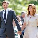 """<p> <span style=""""color:rgb(0,0,0);"""">Năm 2009, Roger kết hôn với cựu tay vợt chuyên nghiệp Mirka Vavrinec ở Basel, Thụy Sĩ. Họ đã có nụ hôn đầu tiên tại Thế vận hội Sydney năm 2000.</span></p>"""