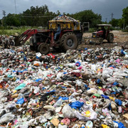 Pakistan và tình yêu độc hại với rác thải nhựa