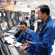Cổ phiếu BSR lần đầu dưới mệnh giá, PV Power và PV Oil lao dốc