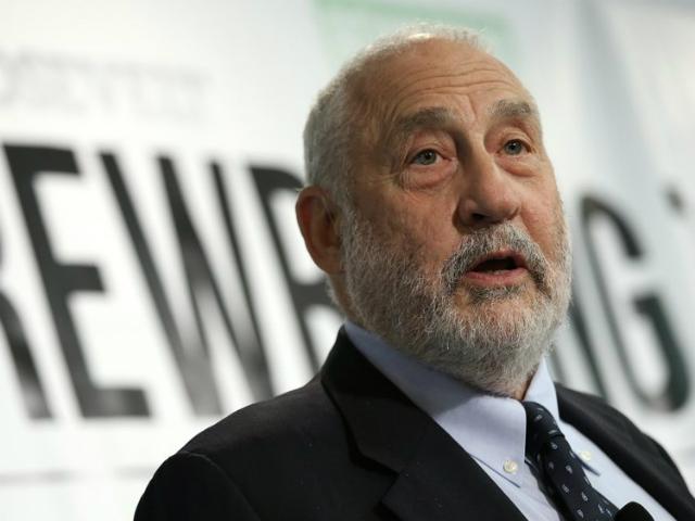 Joseph E. Stiglitz, chủ nhân giải Nobel Kinh tế năm 2001. Ảnh: Business Insider.