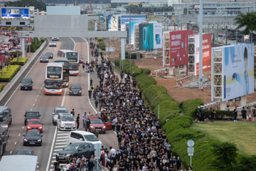Hong Kong - khủng hoảng chính trị có thể thành suy thoái kinh tế