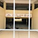 """<p> Không có người ở, cổng sắt bịt kín lối vào các tòa nhà. Ảnh:<em style=""""color:rgb(0,0,0);"""">Dũng Nguyễn.</em></p>"""