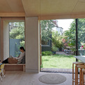 <p> Douglas House là ngôi nhà hiện đại, trẻ trung và ấm cúng ở London. Gỗ được sử dụng phổ biến ở tất cả các phòng. Theo lời đội ngũ kiến trúc sư,Douglas House thể hiện tình yêu của chủ nhà với chất liệu gỗ.</p>
